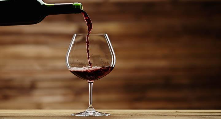 דין יין נסך